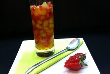 Soupe de fraises et melon safranée