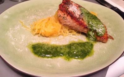 Pavé de saumon mariné à l'aneth, courge spaghetti