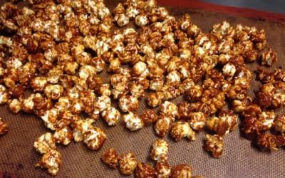 Réaliser du pop-corn caramélisé