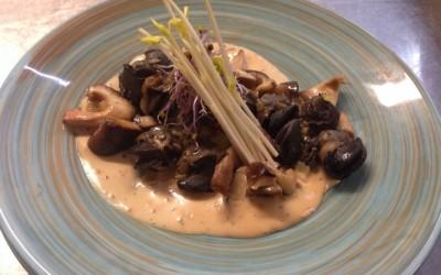 Poêlon d'escargots au piment d'Espelette