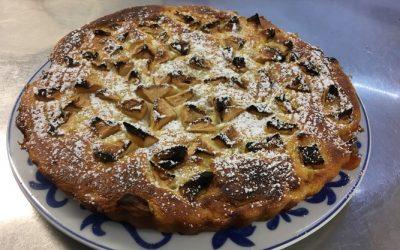Gâteau de semoule de blé à la pomme
