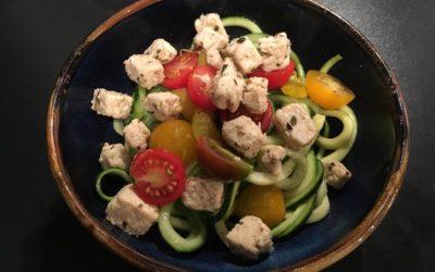 Salade de concombre, courgette et quorn